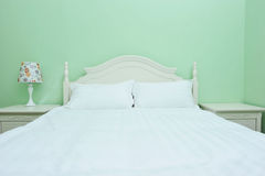 Modern double bedroom Royalty Free Stock Photography