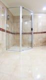 Modern dusch arkivbild
