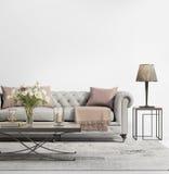 Modern elegant chic vardagsrum med grå färger tufted soffan Arkivbilder