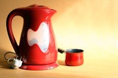 modern elektrisk kettle arkivbild