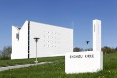Modern Enghoj kyrka i Randers, Danmark arkivbild
