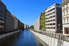 Modern flatgebouw in Berlijn Royalty-vrije Stock Afbeelding