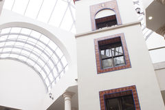 Modern galleriaplats Arkivbild