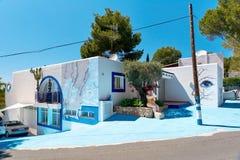 Modern geschilderd huis in Ibiza Royalty-vrije Stock Afbeelding