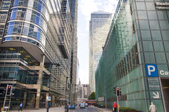 Modern glass architecture of Canary Wharf business aria, and office workers Stock Photography