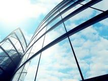 Modern glass bakgrund för skyskrapabyggnadsyttersida Royaltyfria Bilder