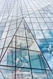 Modern Glass byggnad i abstrakt begrepp Arkivbild
