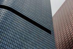 Modern Glass skyskrapaarkitektur fotografering för bildbyråer