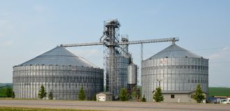 Modern Grain Elevator Royalty Free Stock Photography