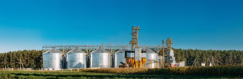Free Modern Granary, Grain-drying Complex, Commercial Grain Or Seed Silos Royalty Free Stock Image - 114570136