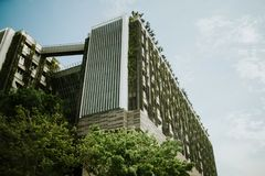 Modern building in Singapore. Modern green building in Singapore Royalty Free Stock Photos