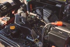 Modern högteknologisk motor eller motor av det industriella laddar- eller sammanslutningmedlet eller den lilla traktoren Arkivbilder