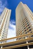 Modern Hallo-Steigen Wohnungen Stockfoto