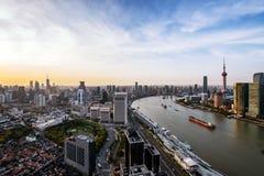 Modern horisont av shanghai Royaltyfri Bild