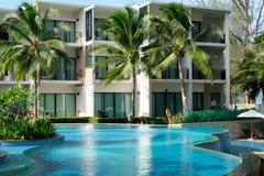 Modern hotel in Thailand op Phuket stock afbeeldingen