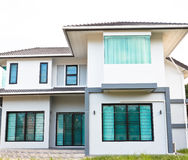 Modern house. The front of modern house in a city Royalty Free Stock Photos