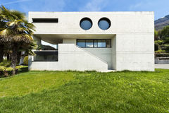 Modern house in cement, front Royalty Free Stock Images