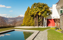 Modern house, outdoor. Modern house with swimming pool, outdoor Royalty Free Stock Photos