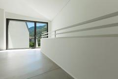 Modern huis, passage stock afbeeldingen
