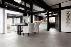 Modern huis, woonkamer Stock Afbeelding