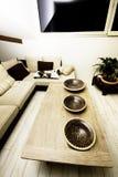 Modern huis, woonkamer met het moderne meubilair Stock Foto