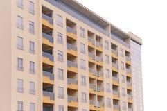 Isolerad modern bostads- byggnad arkivfoto
