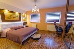 Modern inre för ledar- sovrum Fotografering för Bildbyråer
