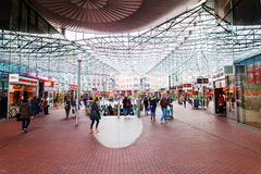 Modern köpcentrum Spazio i Zoetermeer, Nederländerna Royaltyfria Foton