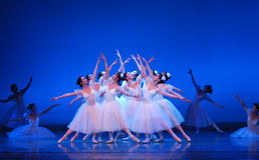 modern kinesisk dans Arkivfoto