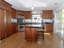 Modern Kitchen 1. Interior shot of a recently remodeled modern kitchen Royalty Free Stock Images