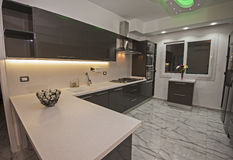 Free Modern Kitchen In A Luxury Apartment Royalty Free Stock Image - 90382556