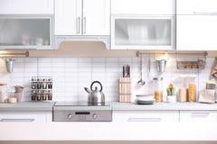 Free Modern Kitchen Interior Royalty Free Stock Photo - 113378455