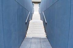 Modern konkret trappa Arkivbild