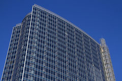 Modern kontorsbyggnad Arkivbilder