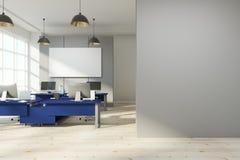 Modern kontorsinre med den tomma affischen Fotografering för Bildbyråer