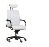Modern kontorsstol från vitt läder isolerat Royaltyfri Bild