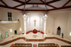 Modern kyrklig inre royaltyfri fotografi