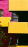 modern lägenhet färgrik house2 Arkivfoton