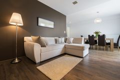 Modern lägenhet för inredesign royaltyfri fotografi
