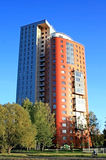 modern lägenhetskomplex royaltyfria foton