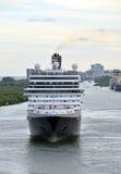Modern lijnboot vooraanzicht Stock Fotografie