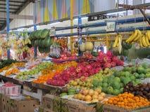 Modern livsmedelsbutikmarknad i Serpong Royaltyfria Foton