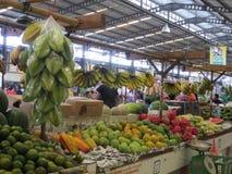 Modern livsmedelsbutikmarknad i Serpong Arkivbild