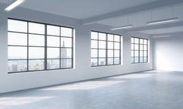 Modern ljus ren inre av ett vindstilöppet utrymme Enorma fönster och vita väggar New York panorama- stadssikt Royaltyfria Foton