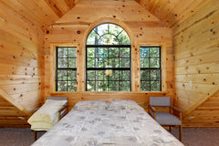 Modern log house greatroom Royalty Free Stock Images