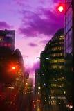 Modern Londen bij nacht Royalty-vrije Stock Afbeeldingen