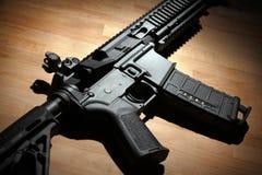 Modern (M4A1) carbine AR-15 Arkivfoto
