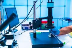Free Modern Medical Equipment Development Laboratory Royalty Free Stock Photography - 183243917