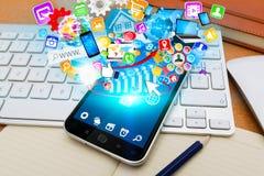 Modern mobiltelefon med symboler Royaltyfri Fotografi