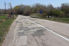 Modern motorway med lappar royaltyfri foto